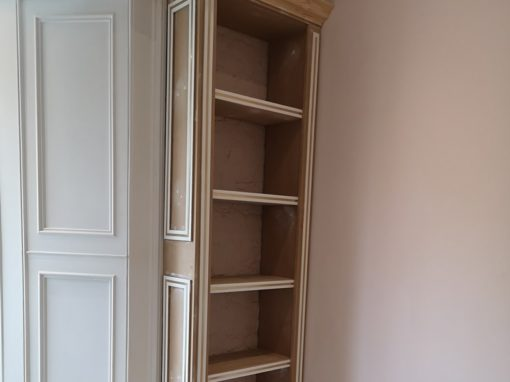 New bespoke bookcase by AM carpentry