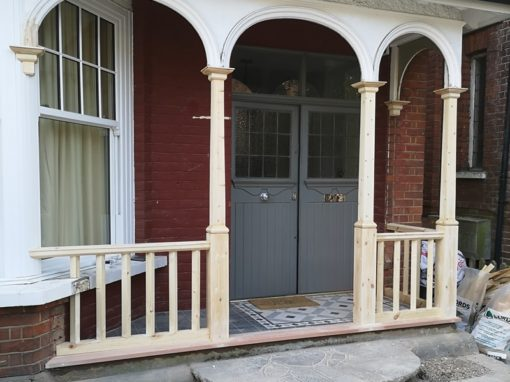 Carpenter for front porch in Hertford